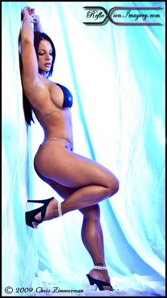 fitness girl bikini