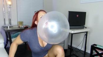 Mz devious bubble gum fetish clips